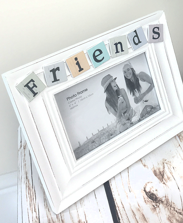 FRIENDS_FRAME_1